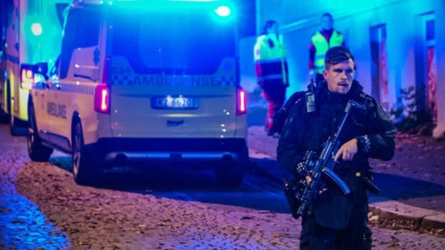 Polícia disse que várias pessoas morreram e ficaram feridas