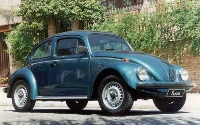 Volkswagen Fusca é um dos modelos antigos que podem apresentar folgas no sistema de direção