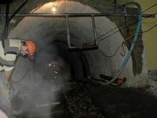 Explosão em mina na Turquia deixa 157 mortos