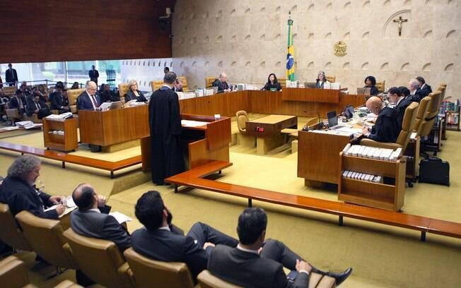 Advogado de Antonio Palocci faz sustentação oral durante julgamento de habeas corpus no STF