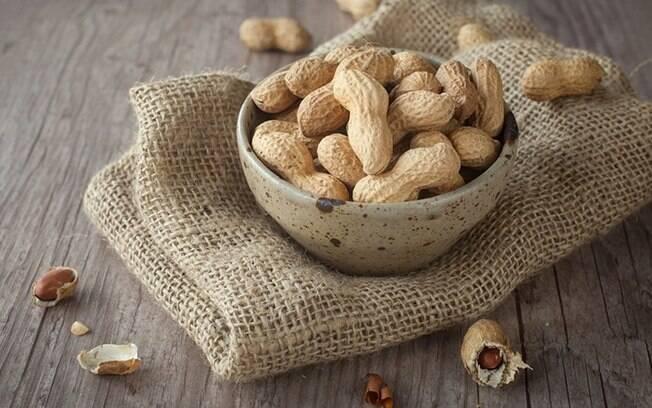 Benefícios do amendoim: descubra como ele pode melhorar sua saúde