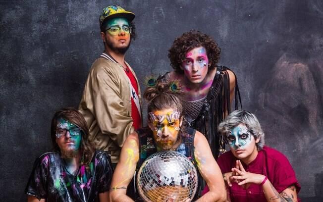 A banda francisco, el hombre também se apresenta no festival brasiliense
