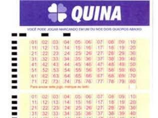 Um apostador acerta as cinco dezenas da Quina