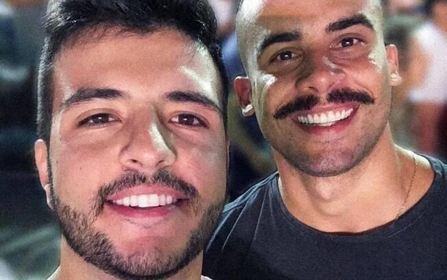 Matheus Ribeiro e o namorado Yuri Piazzarollo