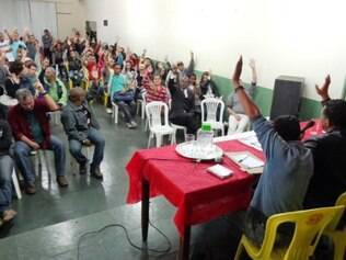Assembleia que decidiu pelo fim da greve aconteceu nesta terça-feira (24)