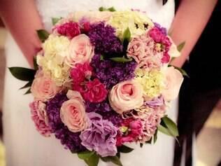 Flores devem ser encomendadas antes, pois os preços sobem em abril. Buquê de Zilandia Camilo