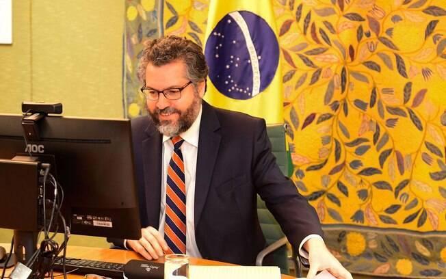 Os embaixadores apresentaram as prioridades atuais da União Europeia, com destaque para o plano de recuperação econômica após a pandemia de Covid-19