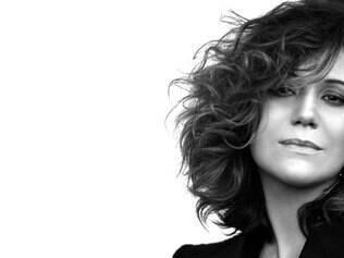 Versátil, Além de uma intérprete segura, Maria Rita faz ótimas escolhas como produtora do disco