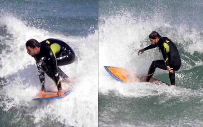 Cauã Reymond: surfe no pé