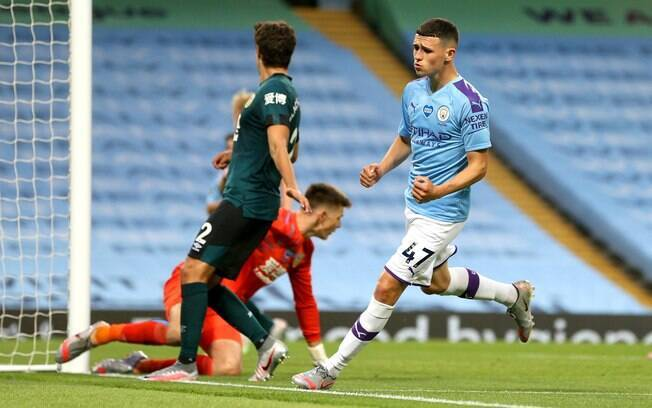 Manchester City atropelou o Burnley pelo Campeonato Inglês