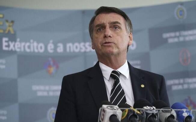 Bolsonaro descumpriu recomendação do Ministério da Saúde