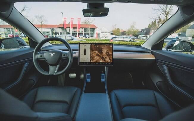 Tesla quase foi hackeada
