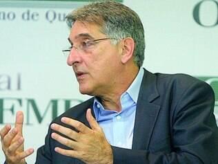 Fernando Pimentel anuncia secretariado