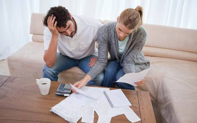 É preciso tomar cuidado para não cair em ciladas ao fazer compras no exterior e ficar com dívidas depois da viagem