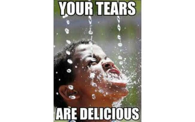 'Suas lágrimas são deliciosas' diz meme, sobre o choro dos tucanos. Foto: Reprodução