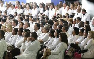 Brasileiros preencheram todas as vagas do Mais Médicos, diz Ministério da Saúde