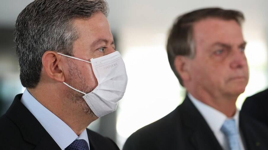 Lira quer aumentar costura de apoio a projeto de Bolsonaro