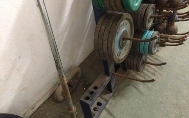 Instalações em ginásio de São Caetano são  precárias