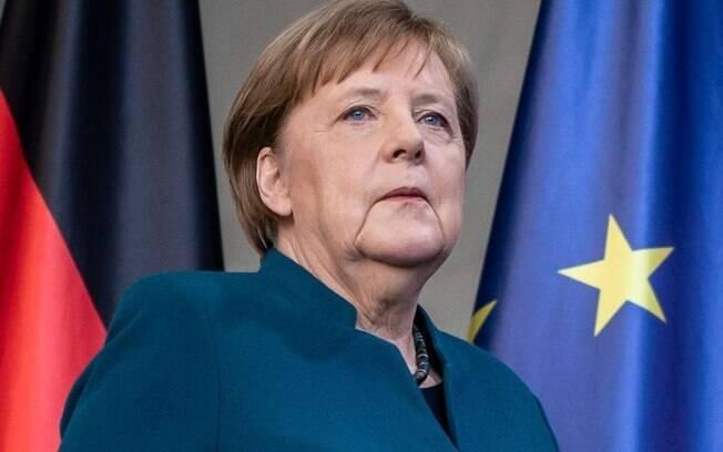 Angela Merkel anuncia novas medidas contra Covid-19 na Alemanha