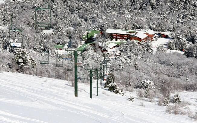 Antillanca conta com pistas abertas na temporada de inverno e atrações também no verão