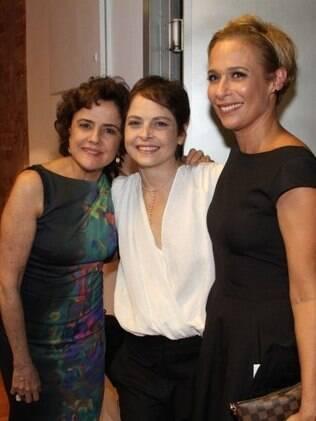 Marieta Severo e Andréa Beltrão também fizeram questão de comparecer à estreia