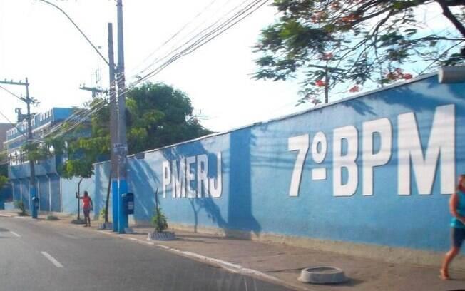Operação resultou na prisão de 12 PMs do Batalhão da PM de São Gonçalo (7º BPM), suspeitos de desvio de carga roubada