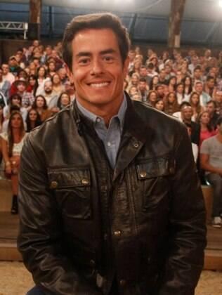 Felipe Folgosi no intervalo do programa ao vivo