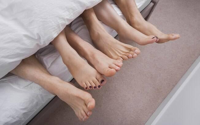 Nem sempre o ménage à trois é como o esperado, para dar certo os envolvidos preciso estar em boa sintonia