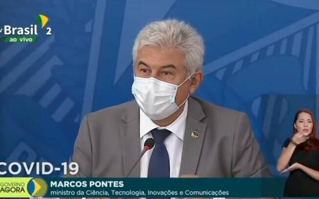Marcos Pontes em coletiva de imprensa