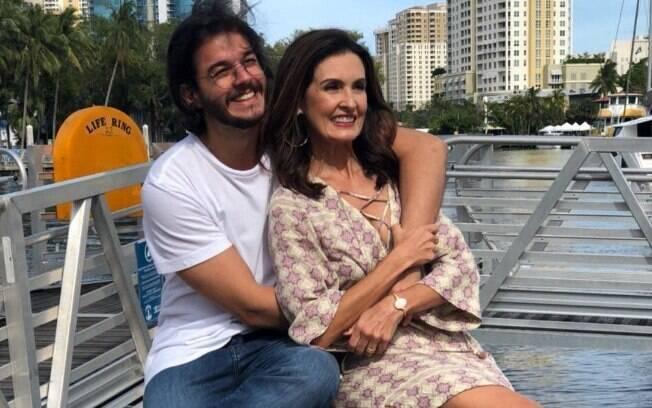 Fátima Bernardes faz declaração para Túlio Gadelha no Dia dos Namorados!
