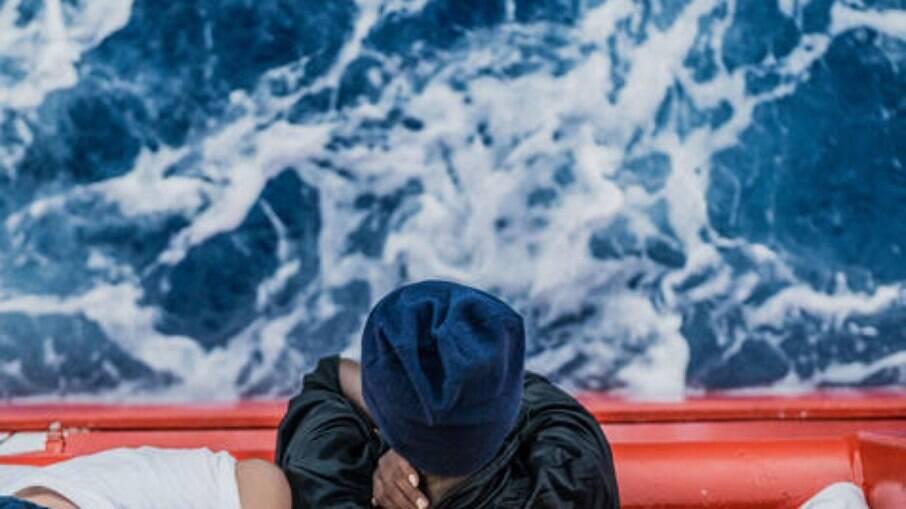 572 pessoas resgatadas no mar Mediterrâneo