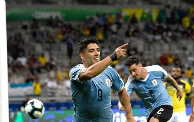 Uruguai x Peru é a partida que agita a agenda do futebol deste sábado