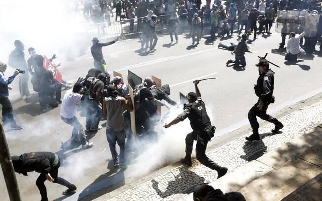 Resultado de imagem para rio de janeiro violencia