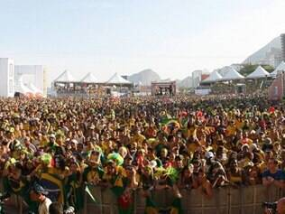 Evento será na Praia de Copacabana, que ficou lotada na exibição dos jogos da Copa de 2010