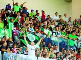 Presença. No Mineirão, quase 20 mil pessoas viram a vitória do América sobre o Joinville por 3 a 1
