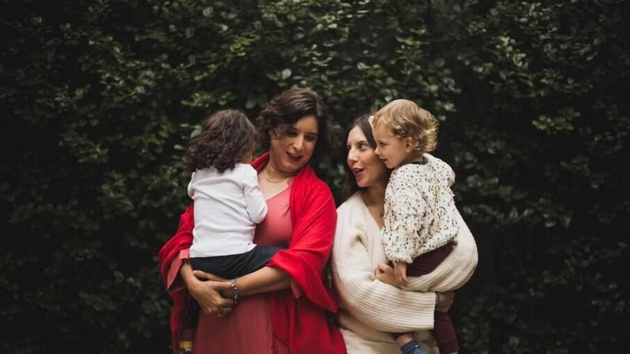 Mayra, Marianna e os filhos