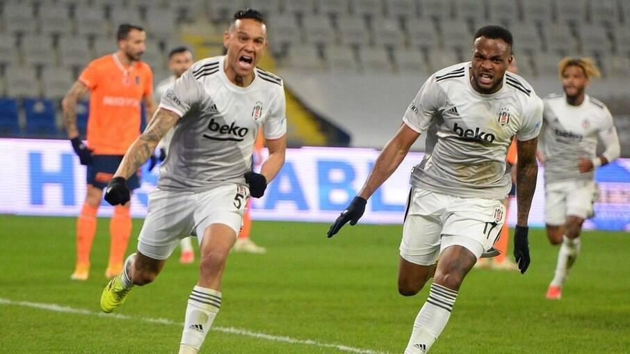 Souza é um dos destaques na atual temporada do Besiktas