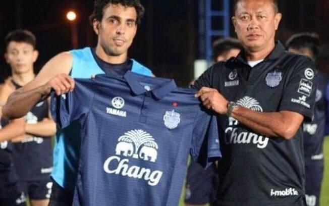 Diogo teve boa passagem pela Portuguesa, mas não por Santos, Palmeiras e Flamengo. Hoje não cansa de fazer gols pelo Buriram United, da Tailândia