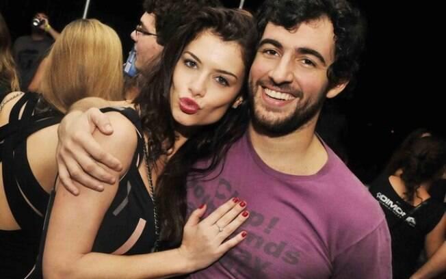 Alinne Moraes e Felipe Simão no Clube Santa Luzia, no Rio