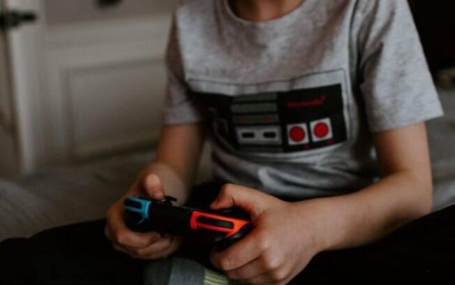 Projeto quer proibir jovens de enviar mensagens em videogames