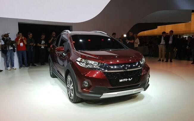 Com cara de versão aventureira do Fit, o Honda WR-V começa a ser produzido no início de 2017 em Sumaré (SP), chegando as lojas ainda no primeiro semestre.