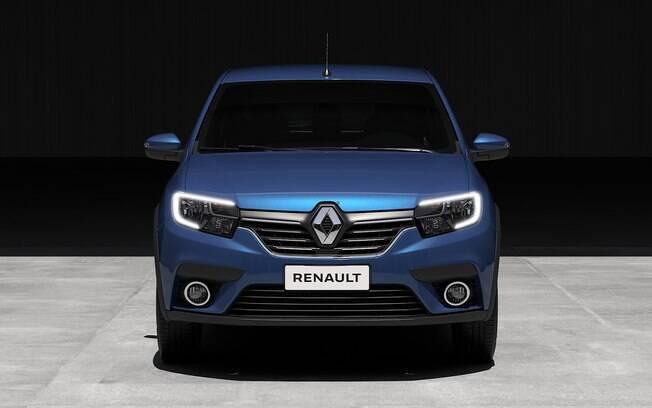 Renault Sandero terá frente renovada, com filetes de LED nos faróis, entre as principais mudanças