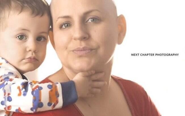 Mãe encontrou na fotografia uma forma de superar o câncer e inspirar outras mulheres vítimas da doença