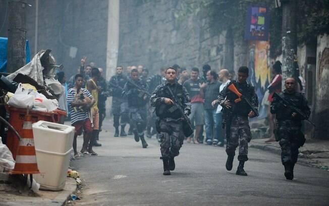Operação policial após ataques às bases das UPPs nas comunidades do Cantagalo e Pavão-Pavãozinho