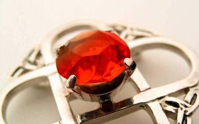 Pedra de rubi: peça está entre as mais cobiçadas e valiosas, ao lado de esmeralda, diamante e safira. Foto: Thinkstock