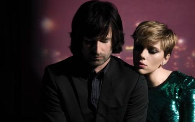 Scarlett Johansson retorna ao mercado musical com Bad Dreams, parceria com o ex-colega de banda Pete Yorn