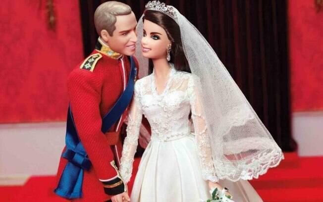 Os bonecos de Kate e William: homenagem ao primeiro ano de casamento do casal