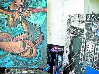 Pinturs de Dodard, artista que afirma ter influência de Picasso