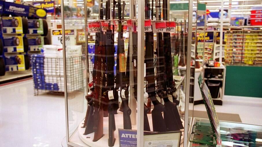 A facilitação da venda de armas foi uma das promessas de campanha do presidente Jair Bolsonaro (sem partido) em 2018, quando concorreu ao cargo
