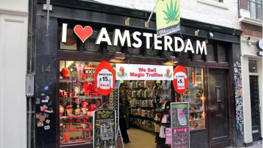 Amsterdã tem alto fluxo de turistas por causa de maconha